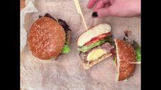 GastroHobbi I Szuper szendvics sajtos húspogácsával Hamburger, Sandwiches, Beef, Make It Yourself, Chicken, Ethnic Recipes, Food, Youtube, Roll Up Sandwiches