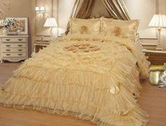 "Off the subject but cute.  Octorose ® Royalty Oversize Wedding Bedding Bedspread Comforter Quilts Set (Gold, King/calking(120x110"")) OctoRose http://www.amazon.com/dp/B00KC8R9RM/ref=cm_sw_r_pi_dp_mjrZtb0SZNVYYF6M"