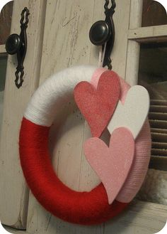 cute yarn wreath
