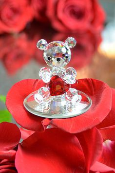 Valentine's day | adorable crystal bear with big red heart made of the finest Bohemian crystal | crystal gifts