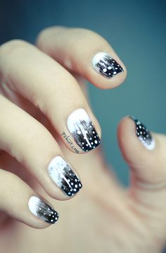 black n white feather-tip nails