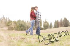 Outdoor Country Engagement Session by Distinction Studio based out of Spokane, Washington travel available. Spokane photographer Spokane photography Engagement photos Engagement photography