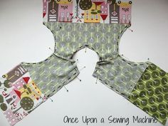 Sewing Ideas For Baby The Little Tummy Tunic, Free pattern and tutorial. Little top for baby. - Once Upon a Sewing Machine Tunic Sewing Patterns, Baby Dress Patterns, Kids Patterns, Pattern Sewing, Sewing For Kids, Baby Sewing, Trendy Baby Girl Clothes, Diy Clothes, New Baby Dress
