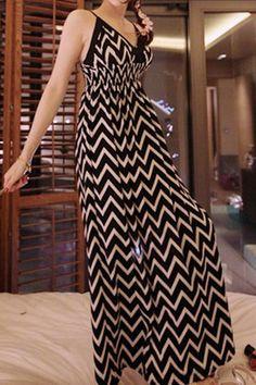 Sammydress.com   $11.24  Women's High-Waisted Wavy Pattern Spaghetti Strap Dress