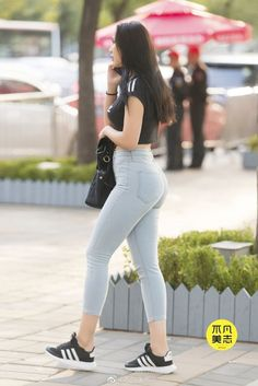 Pretty Korean Girls, Sexy Asian Girls, Beautiful Asian Girls, Sexy Jeans, Jeans Outfit Summer, Summer Outfits, Best Jeans For Women, Cute Girl Photo, Basic Outfits