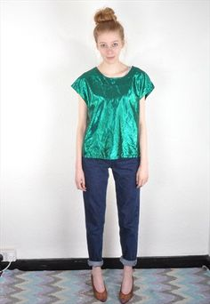 Vintage Emerald Green Foil T Shirt Top Vintage Boutique, Emerald Green, Photoshoot, Clothes For Women, T Shirt, Shopping, Tops, Fashion, Outerwear Women