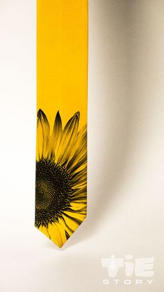Sunflower men's necktie. Yellow tie. Floral mans tie. by tiestory