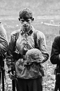 """kruegerwaffen: """" Ehre der gefallenen - Brüder in Blut - Waffen SS """""""