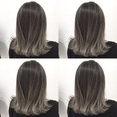"""""""一番気になる美容室No.1""""のヘアサロン『SPADIC』が教える、この冬人気のトレンドカラーって?2018年は、このヘアカラーで始めてみない? Ombre Hair, Balayage Hair, Medium Hair Styles, Short Hair Styles, Korean Hair Color, Gray Hair Highlights, Brown Hair Shades, Asian Short Hair, Wedding Hair Inspiration"""