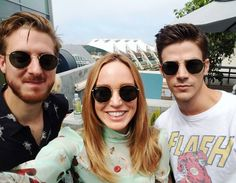 "grantgustinnews: "" ""caitylotz: with these handsome gents thanks for the shades Warren! Arrow Black Canary, White Canary, Supergirl 2015, Supergirl And Flash, Arrow Flash, Cw Crossover, Arthur Darvill, The Flash Grant Gustin, Cw Dc"