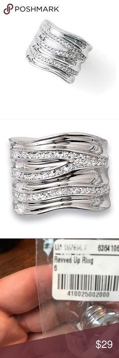 """NWT Lia Sophia sz6 """"Revved Up Ring"""" NWT Lia Sophia sz6 """"Revved Up Ring"""" Lia Sophia Jewelry Rings"""