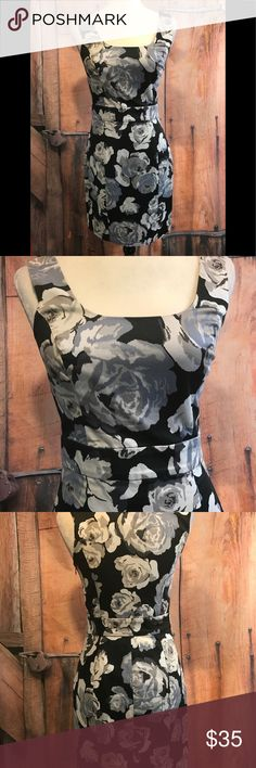 Timeless Express dress 🌷offers welcome🌷 Stunning dress by Express. Smoke free home. Next day shipping. Please feel free to ask any questions. Thank you for shopping my closet. Offers always welcome ❤️ Express Dresses