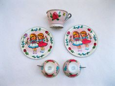 Vintage Tin Toy Dish SetChien & Co. USADolly Tea Set by tessiemay, $20.00