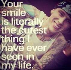 I've never been so hypnotized by someone's smile before in my life. MGK's smile tho imma melt taha