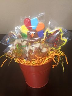 Another turkey and leaf cookie bouquet