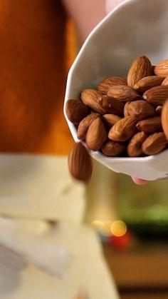 Three Recipes With Almonds - Hazel Grant Organic Recipes, Mexican Food Recipes, Sweet Recipes, Dessert Recipes, Easy Cooking, Healthy Cooking, Healthy Snacks, Almond Recipes, Vegan Recipes
