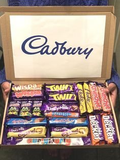 -The perfect Christmas gift for your love ones! - Box size: approximately x - High quality images coming soon! Chocolate Hampers, Chocolate Gift Boxes, I Love Chocolate, Christmas Chocolate, Chocolate Lovers, Cadbury Crunchie, Cadbury Chocolate, Happy Birthday 18th, Sentences