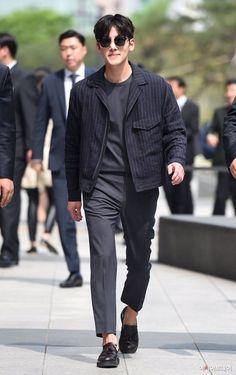 ❤❤ 지 창 욱 Ji Chang Wook ♡♡ why so handsome. Korean Male Actors, Korean Celebrities, Asian Actors, Korean Men, Drama Korea, Korean Drama, Park Hyun Sik, Ji Chang Wook 2017, Jimin