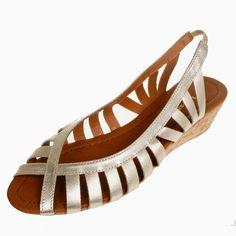 La Garconne | www.onyva.ch Elegant, Gladiator Sandals, Champagne, Shoes, Fashion, Clothes For Women, Wedges, Classic, Model