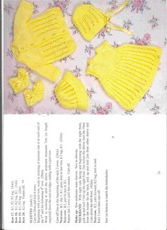 Set with openwork leaves and kids. Discussion on LiveInternet - Russian Service Online Diaries Knitting Dolls Clothes, Baby Doll Clothes, Knitted Dolls, Doll Clothes Patterns, Crochet Dolls, Doll Patterns, Crochet Baby, Baby Dolls, Toddler Dolls