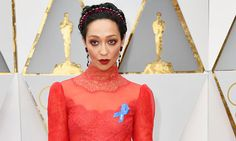 Blue ACLU Ribbons Are The Stars' Best Accessories At 2017 Oscars   The Huffington Post