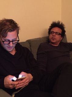 Hanging in the dressing room earlier this evening. #SNL40 @ScharffIsHere and Alex Foster.
