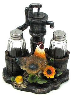 Farm Rooster Salt and Pepper Set