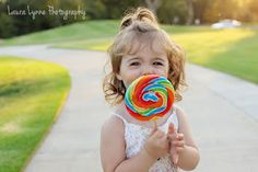 For Lente: Just turned two years! Happy Birtday My Darling! Baby Photos, Old Photos, Girl Photos, Family Photos, Toddler Boy Photography, Children Photography, Picture Poses, Photo Poses, 2 Year Old Birthday Party Girl