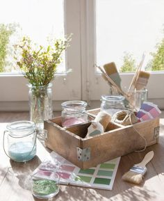 Beautiful sunlight shining in, a choice of brushes, colour pallet and a provocation. Isn't this what children's creative dreams are made of?