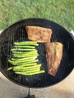 Blackened Salmon and Asparagus Cooking Contest, Blackened Salmon, Salmon And Asparagus, Outdoor Cooking, Picnics, Dinner Ideas, Rv, Seafood, Cooking Recipes