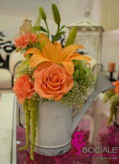 Lilis, rosas, hortensias mexicanas, claveles