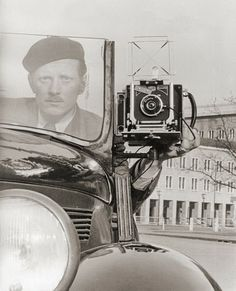 Automobile photocamera, 1950s France.
