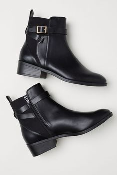 From flat slip-ons to dressy booties — and options at every price in between — here are the best ankle boots of the season. Flat Leather Ankle Boots, Best Ankle Boots, Black Leather Flats, Black Ankle Boots, Black Booties, Ankle Booties, Black Suede, Outfit Botas Negras, How To Have Style