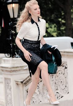 your daily source for Natalie Dormer Natalie Domer, Margaery Tyrell, Vintage Beauty, Hollywood Actresses, Beautiful Actresses, Sexy Legs, Girl Pictures, Celebs, Heels