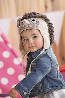 What's even cuter than a hedgehog? A baby in a hedgehog hat. Babies don't always appreciate the warming benefits of hats, but you won't have any trouble getting yours to wear this adorable and fun-to-make t