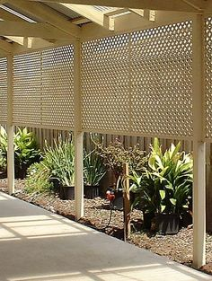 Ideas Using Lattice | Fence with Lattice – Better Homes and Gardens – Home Decorating