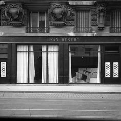 Jean Désert, the shop Gray opened in 1922 on the Rue du Faubourg Saint-Honoré, Paris, to showcase and sell her work (AAD no. AAD/1980/9. © National Museum of Ireland