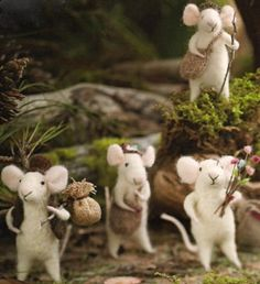 """Each Felt Mouse measures: 1.5"""" L x 2.5"""" W x 3.75"""" H Christmas and Holiday Decoration Ideas Collection Straight from a children's classic that's yet to be told step our merry band of Traveling Mice Orn"""