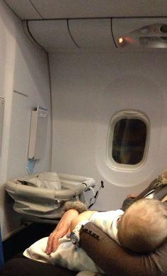 Правила перевозки младенцев на самолёте