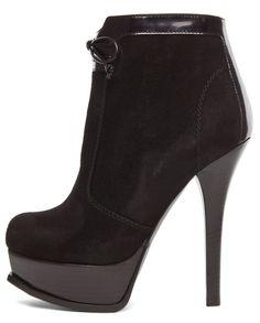 Jennifer Lopez in Black Fendi Fendista Booties and Leather Skinnies