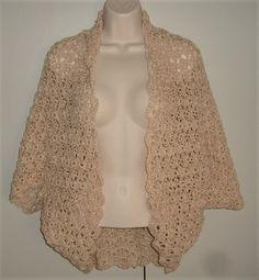 crochet lady's shrug ( ref F Shrugs And Boleros, Yarn Colors, Hand Crochet, Crochet Patterns, March, Lady, Pretty, Style, Fashion