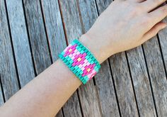 The summer and it's irresistible colors have inspired this DIYbeaded woven bracelet, ideal for the pool or the beach. As a good Scandinavian I can't miss a Hama bead tutorial on my blog. You will ...