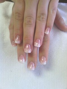 Glitter nails French manicure nail art ideas white tip Fancy Nails, Love Nails, Pink Nails, Pretty Nails, My Nails, Glitter French Manicure, French Tip Nails, Glitter Nails, French Pedicure