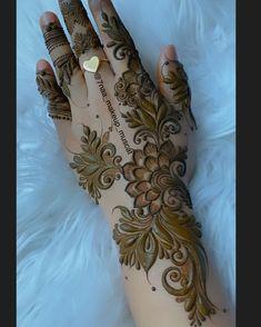 Pretty Henna Designs, Floral Henna Designs, Henna Tattoo Designs Simple, Back Hand Mehndi Designs, Latest Bridal Mehndi Designs, Full Hand Mehndi Designs, Mehndi Designs 2018, Mehndi Designs Book, Mehndi Designs For Girls