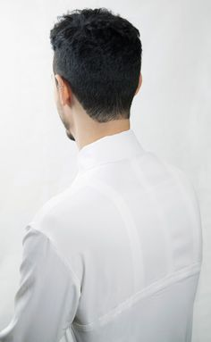 Clothing designed to correct bad Posture by Jeffrey Heiligers