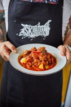 Carne guisada - a húsos mennyország Chorizo, Carne, Kitchen, Street, Crock Pot, Cooking, Kitchens, Cuisine, Walkway