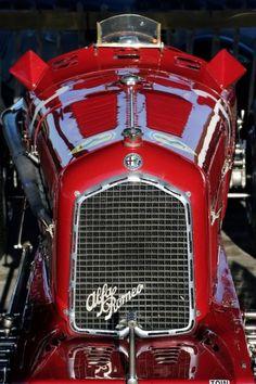 Mythe: Alfa Romeo at the Goodwood cars sport cars cars sports cars vs lamborghini Alfa Romeo Cars, Alfa Cars, Classic Sports Cars, Classic Cars, Sport Cars, Race Cars, Rallye Automobile, Goodwood Revival, Luxury Sports Cars
