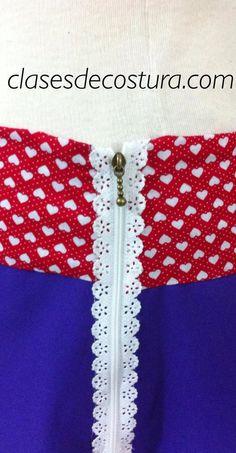 Nos encanta la combinación de colores de esta falda! Bravo Esther!! Arriesgaste y ganaste!!