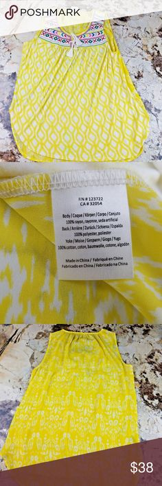 "One September Anthropologie Yellow Boho Tank M/L? One September Anthropologie Sleeveless Yellow Boho Embroidered Tank Size Med Lg?   *Missing size tag- please see measurements- I believe it is a medium or large.*  Excellent used condition- no rips, stains, smoke free home. Pit to pit: 20"" Shoulder to hem: 25"" Anthropologie Tops Blouses"