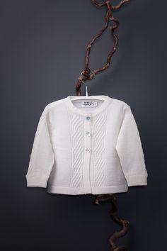 Saga baby cardigan in softest italian merino wool by Mole Little Norway ♥ Cozy Fashion, Baby Cardigan, Mole, Winter Collection, Timeless Design, Merino Wool, Norway, Knit Crochet, Barn
